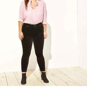 LOFT Plus Black Velvet Skinny Pants
